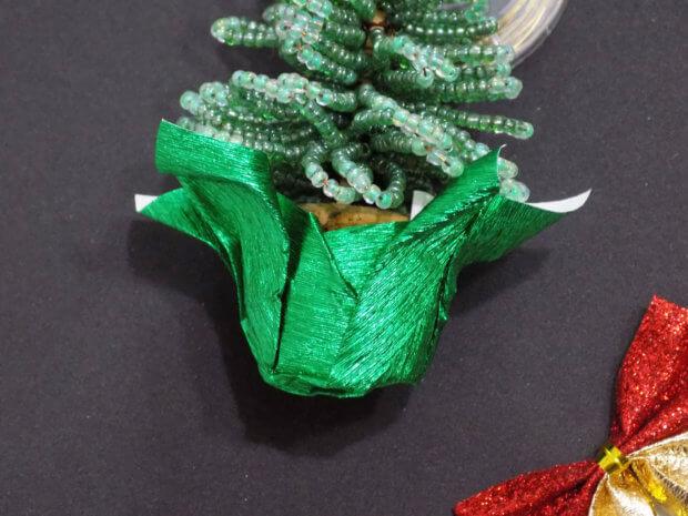 Основание елки из бисера